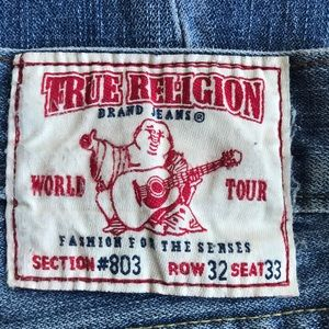 TRUE RELIGION  size 32 destroyed jeans